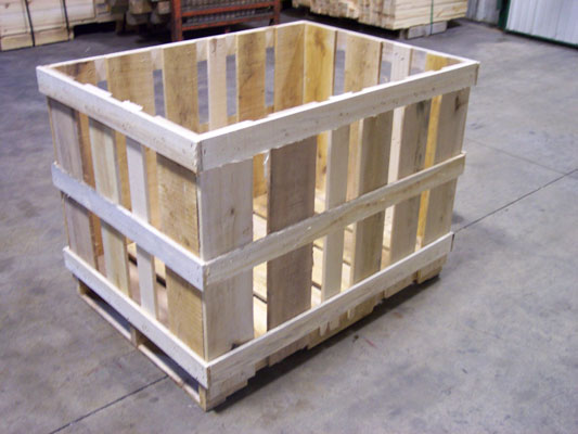 Wooden Pallet Boxes in Milwaukee, WI