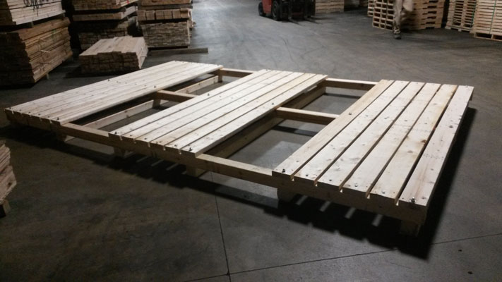 Wooden Pallet Boxes in Illinois